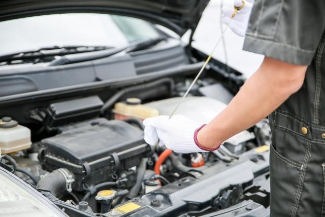 車のタイプ別のオイル交換頻度の目安